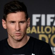 Bringt Lionel Messi einen Polizisten ins Gefängnis? (Foto)