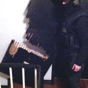 Schwer bewaffnetes Hells Angels-Mitglied festgenommen (Foto)