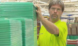 Undercover: Der Chef der easyApotheke mischt sich unter seine Angestellten. (Foto)