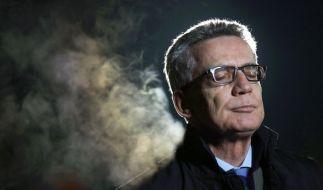 Thomas de Maizière soll Flüchtlingszahlen geschönt haben. (Foto)