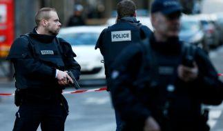 Nach den Terroranschlägen in Paris am 13. November 2015 gilt in ganz Frankreich noch immer die höchste Sicherheitsstufe. Mehrere Schulen in der französischen Hauptstadt wurden nach Bombendrohungen evakuiert. Symbolbild. (Foto)