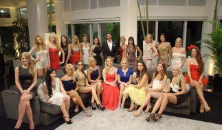 Bachelor Leonard hat die Qual der Wahl: Zum Start der neuen Staffel stellten sich 22 Traumfrauen zur Wahl. (Foto)