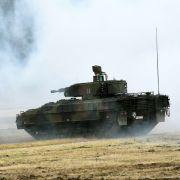 Von der Leyen will mehr Panzer (Foto)
