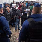 Mazedonien schließt Grenze, Schweden will 80.000 Menschen abschieben (Foto)