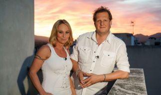 """""""Krümel"""" Marion Pfaff und Jens Büchner versuchen sich beim """"Perfekten Promi Dinner"""" als perfekte Gastgeber. Doch gelingt ihnen das tatsächlich? (Foto)"""