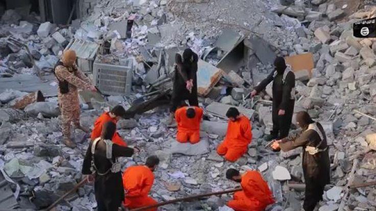 IS-Terroristen erschießen fünf Männer und drohen dem Westen. (Foto)