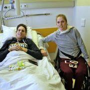 Geteiltes Leid! Gelähmte Kira Grünberg besucht Lukas Müller in Klinikum (Foto)