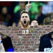 The Wall: Andreas Wolff zeigte im Turnier und vor allem im Finale eine überragende Leistung. Klar, dass da die Netz-Reaktionen nicht lange auf sich warten lassen.