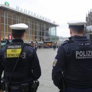 Hundertschaft der Polizei geht gegen kriminelle Familienclans vor (Foto)
