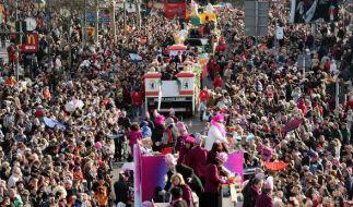 Steht der Düsseldorfer Rosenmontagsumzug vor dem Aus? (Foto)