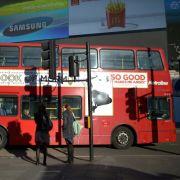 Bus-Explosion versetzt London in Angst und Schrecken (Foto)