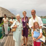 Heimliche Verlobung! Auf Bora Bora fliegen die Fetzen (Foto)