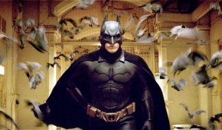 "Schauspieler Christian Bale als Superheld im Fledermauskostüm (Filmszene aus ""Batman Begins""). (Foto)"