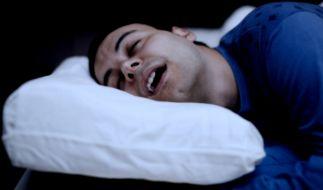 Eine neue Studie beweist: Schlafen mit offenem Mund, ist schlecht für die Zähne. (Foto)