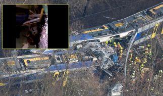 Bei dem schweren Zugunglück in Bad Aibling starben am Dienstag, 09.02.2016, zehn Menschen. (Foto)