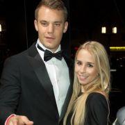 Manuel Neuer und seine Freundin Nina bei der Operngala für die Deutsche Aids-Stiftung.