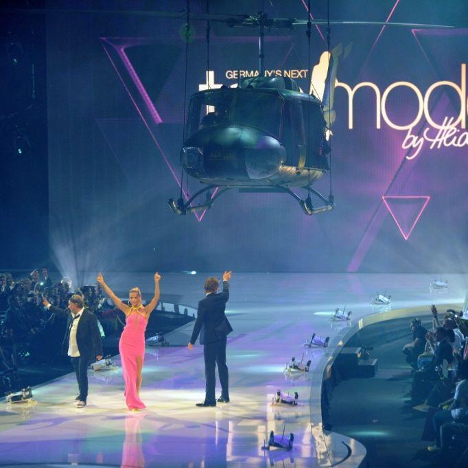 Pinkstinks protestiert mit Gratis-Konzert gegen Model-Show (Foto)