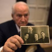 Ex-Auschwitz-Wachmann vor Gericht, auch Holocaust-Leugnerin geladen (Foto)