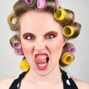 MORDsfrisur! Frau will ihren Friseur erschießen (Foto)