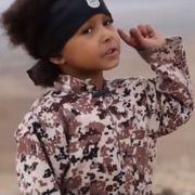 Islamischer Staat macht 4-Jährigen zum Henker (Foto)