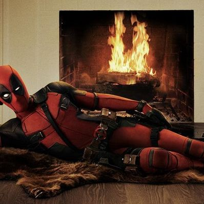 """Großmäuliger Superheld: So viel Sex, Blut und Gewalt steckt in """"Deadpool"""" (Foto)"""