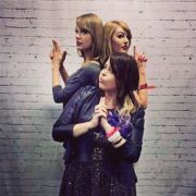 Olivias Freundin Kristy Lee postete dieses Foto vom Treffen mit ihrem Idol.