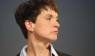 Frauke Petry hatte nach umstrittenen Aussagen zunächst ein Hausverbot im Augsburger Rathaus erhalten. (Foto)