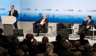 Russland hat in München anlässlich der Sicherheitskonferenz mal wieder für einen Eklat gesorgt: Premier Medwedew nutzte seine Rede für Sticheleien gegen die Europäische Union. (Foto)