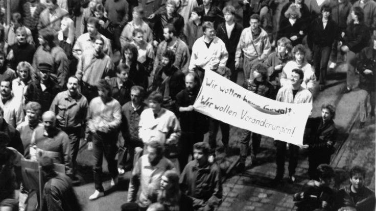 Protestmarsch 1989 in Leipzig. Die DDR-Bürger wollten frei sein. (Foto)