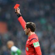 Fußballer erschießt Schiri nach Roter Karte (Foto)