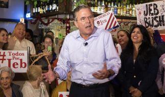 Jeb Bush war acht Jahre lang Gouverneur von Florida und spricht auch fließend spanisch. Damit findet der Republikaner auch Anklang bei Latinos. (Foto)