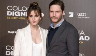 """Emma Watson und Daniel Brühl spielen Seite an Seite im aktuellen Film """"Colonia Dignidad"""" von Regisseur Florian Gallenberger. (Foto)"""