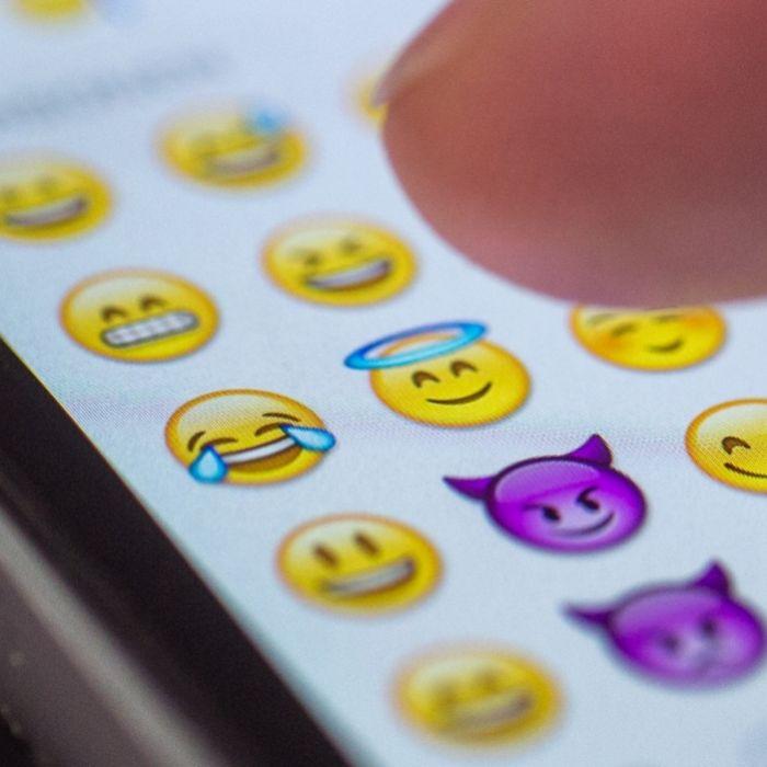 Klein, gelb und rund: Die beliebtesten Emojis bei WhatsApp (Foto)