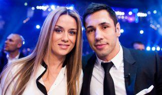 Felix Sturm und seine Frau Jasmin. (Foto)