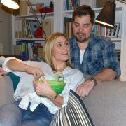 Inzwischen ist Leon mit Gerners Ex-Freundin Sophie (Lea Marlen Woitack) zusammen. Gemeinsam wollen sie entspannte Osterfeiertage mit der Familie verbringen.