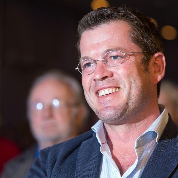Was macht eigentlich Karl-Theodor zu Guttenberg heute? (Foto)