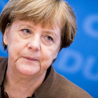 Darum shoppt Angela Merkel ihre Schuhe am liebsten im Internet (Foto)