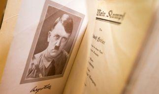 """Die kommentierte Auflage von Adolf Hitlers Hetzschrift """"Mein Kampf"""" wird zum Bestseller. (Foto)"""