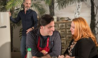 Iffi (re.) macht Momo (hinten) mit Murat eifersüchtig. (Foto)