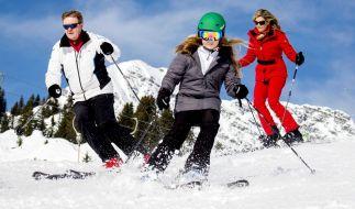 Prinzessin Alexia (10) mit ihren Elten, König Willem-Alexander und Maxima von den Niederlanden, wenige tage vor ihrem Unfall in Österreich beim Ski fahren. (Foto)