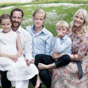 Deshalb könnte die norwegische Kronprinzen-Familie zerbrechen! (Foto)