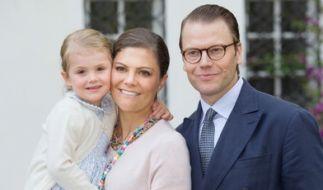 Die schwedischen Royals im Familienglück. (Foto)