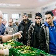 Flüchtlingsandrang belastet Tafeln zunehmend! (Foto)