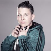 Kerstin Ott ist derzeit erfolgreicher als Helene Fischer.