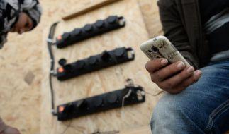 Rechtslage unbekannt: Aufgrund von illegalen Downloads geraten Flüchtlinge zunehmend ins Visier von Abmahnern. (Foto)