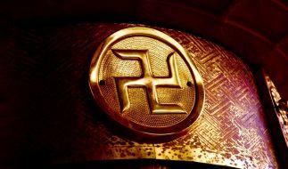 Die Swastika bedeutet Glück, kennzeichnet in Japan religiöse Orte und soll aufgrund ihrer Ähnlichkeit zum Hakenkreuz abgeschafft werden. (Foto)