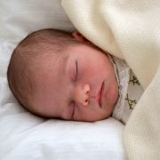 Warum der kleine Prinz Oscar wohl nie regieren wird (Foto)