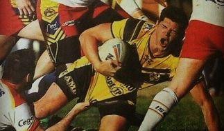 Dem Rugbyspieler Haydn Peacock wurde bei einem Spiel beinahe der Penis abgerissen. (Foto)