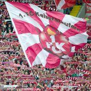 Fußball-Randalierer legen Kölner Hauptbahnhof lahm (Foto)
