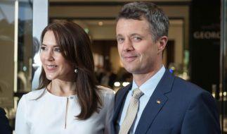 Kronprinzessin Mary (44) und Kronprinz Frederik von Dänemark (47) haben derzeit mit einer Scheidung zu kämpfen. (Foto)